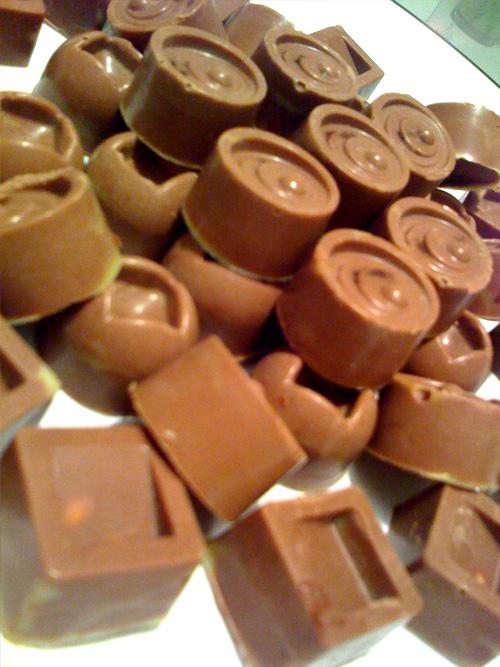 Raw vegan mylk chocolate